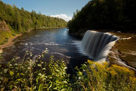 Tahquamenon Falls State Park – Upper Falls